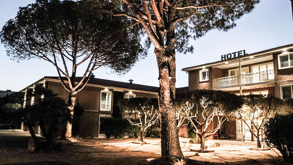 Best Western Plus Hyeres Cote d'Azur - EDIT_Exterior-11.jpg