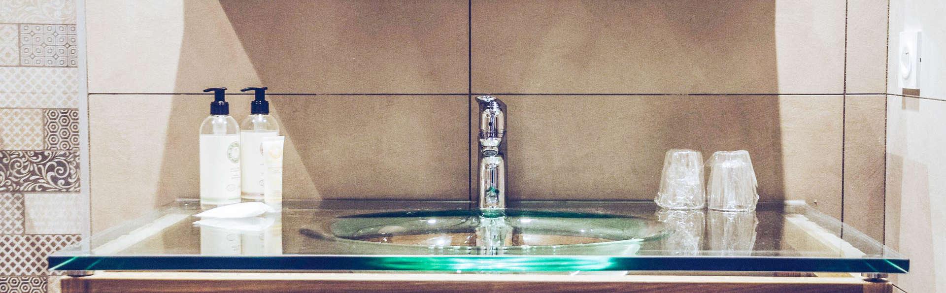 Best Western Plus Hyeres Cote d'Azur - EDIT_Room-13.jpg