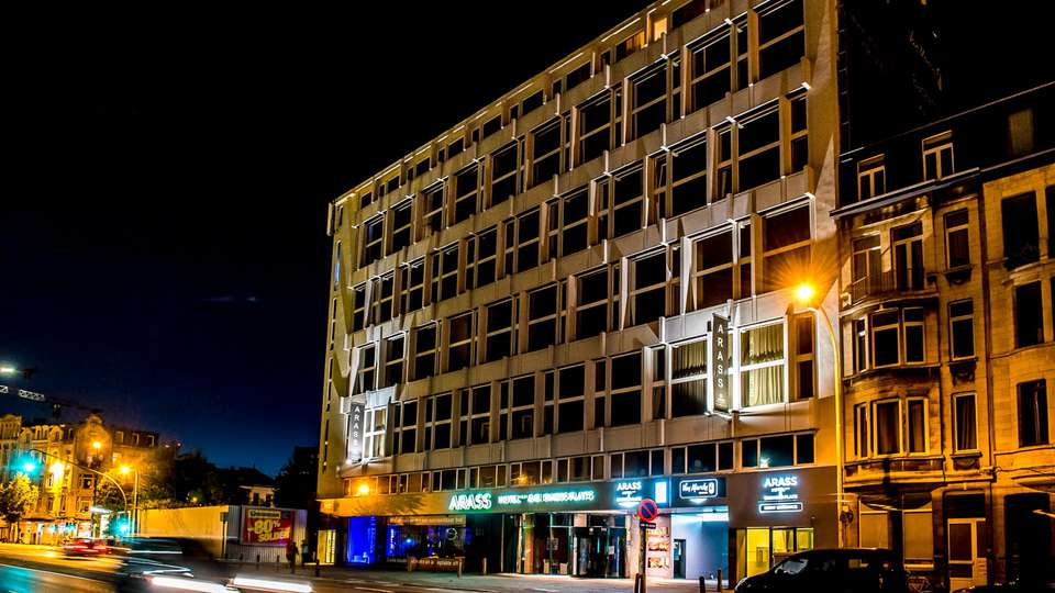 Arass Hotel and Businessflats - EDIT_front_01.jpg
