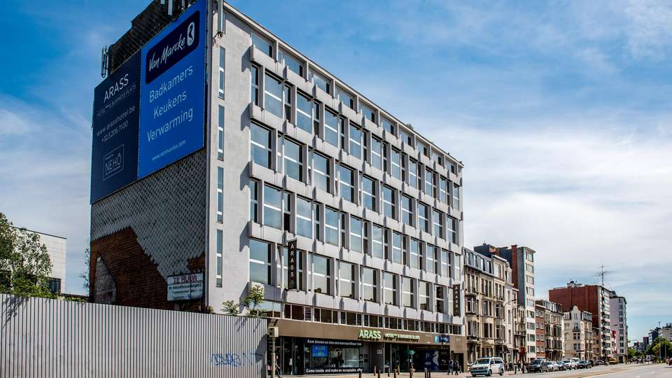 Arass Hotel and Businessflats - EDIT_front_02.jpg