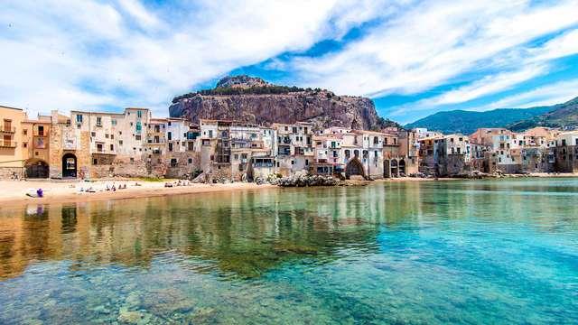 Vacanze in Sicilia: 3 notti a Cefalù in mezza pensione e accesso alla spiaggia