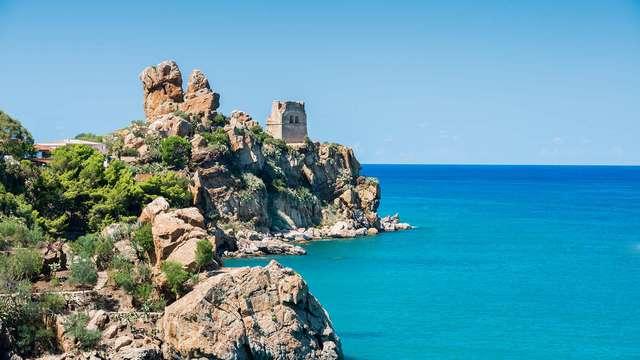 Vacanze a Cefalù con nave Grimaldi e accesso alla spiaggia (9 giorni/7 notti)