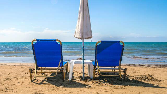 Accesso alla spiaggia privata per 2 adulti (giorno 1 e giorno 2)