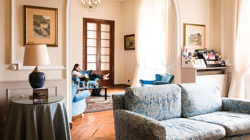 Grand Hotel & Des Anglais - EDIT_Room-2.jpg