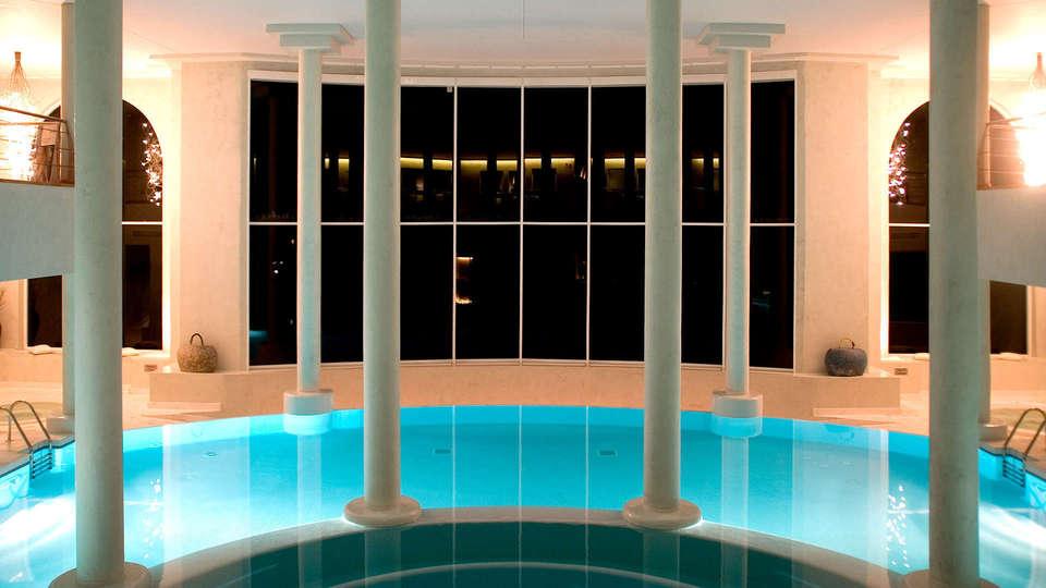 Apartamentos Turísticos Al Sur - Edit_spa4.jpg