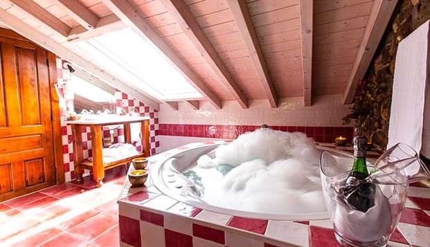 Experiencia exclusiva: Escapada Relax con jacuzzi privado en la habitación en junior suite superior