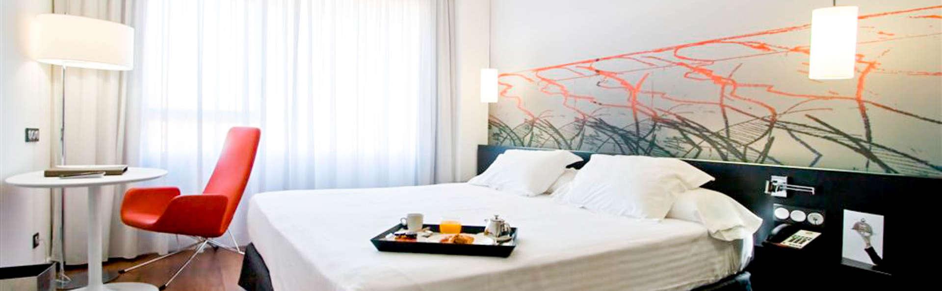 Escapada romántica: Descubre Madrid y disfruta de los detalles románticos en la habitación