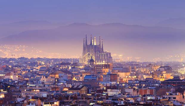Vista a la Sagrada Familia en un moderno apartamento en el corazón de Barcelona