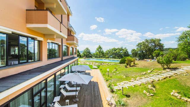 Soggiorno in Toscana in Resort con piscina