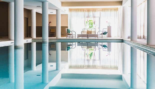 Oferta Mitad de Agosto 2019 en Toscana: estancia en complejo turístico con piscina