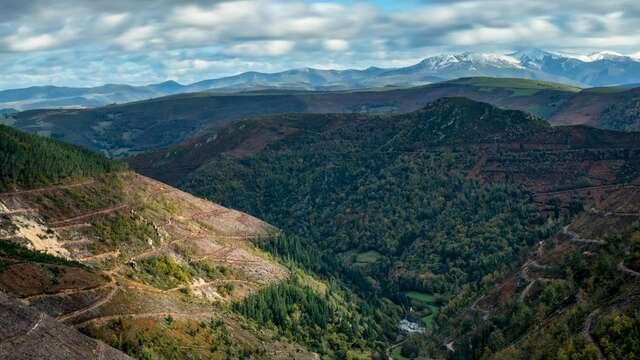 Aire puro en las montañas asturianas de Besullo