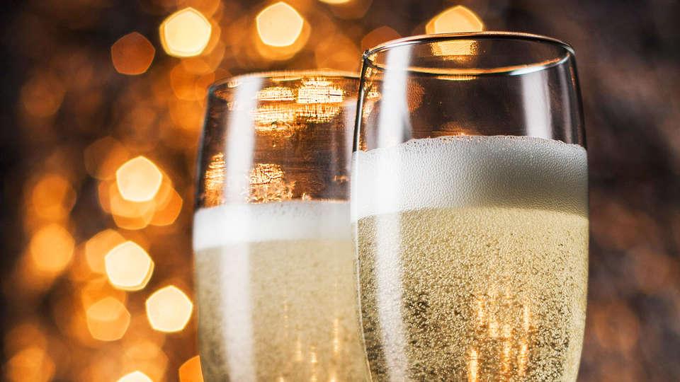 Avantici Citotel Gap - EDIT_Champagne__1_.jpg