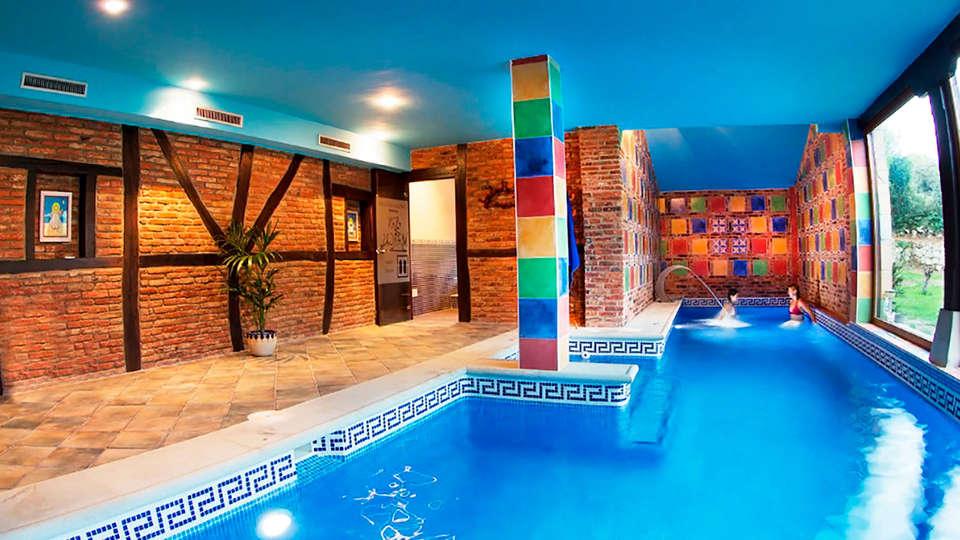 Complejo San Marcos Hotel & Spa - EDIT_piscina.jpg