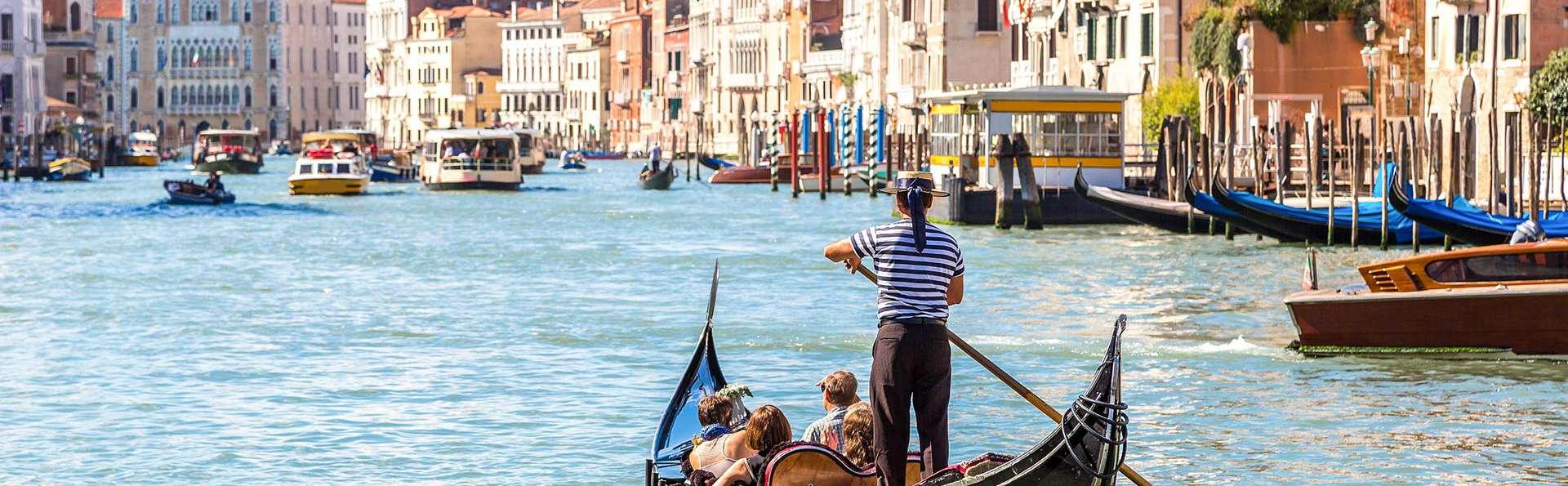 Vacances inoubliables au centre de Venise sur le Grand Canal