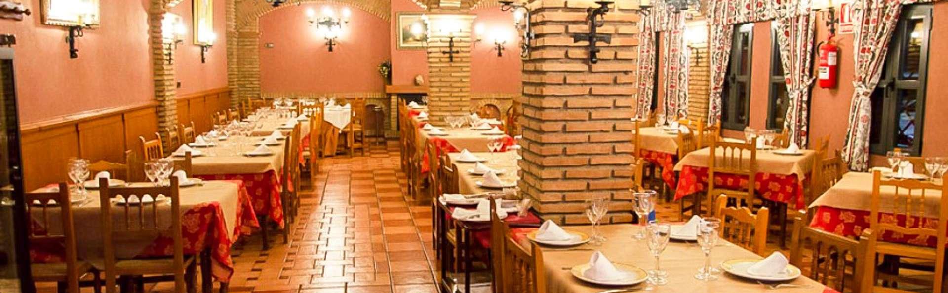 Escapada con cena en las puertas de la Alpujarra de Granada y Almería
