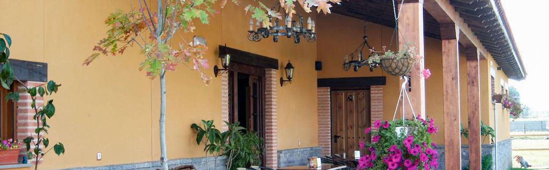 Fin de semana rural con una cena en Carrizo de Ribera ( desde 2 noches)