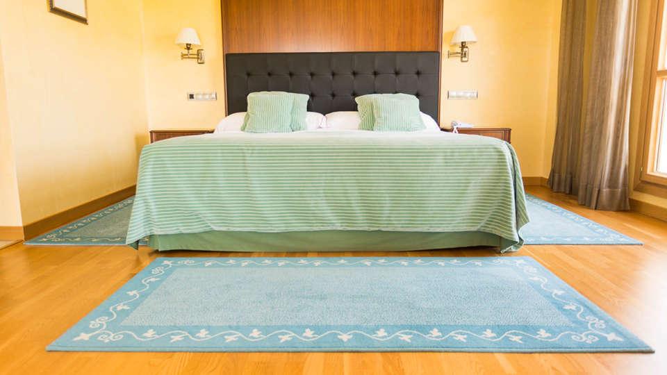 Hotel Torremilanos - EDIT_N2_ROOM-3.jpg