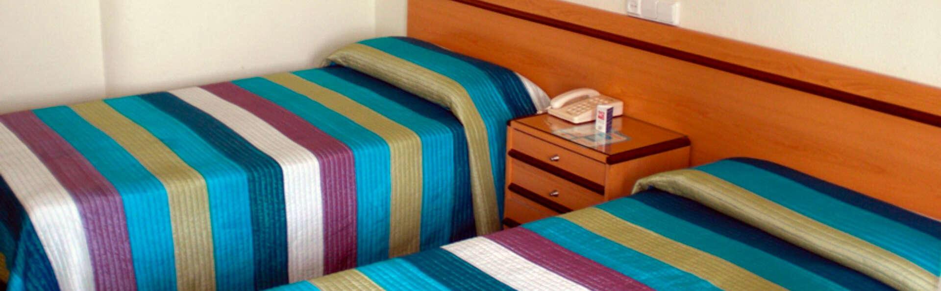 Hotel Bahía - EDIT_ROOM_01.jpg