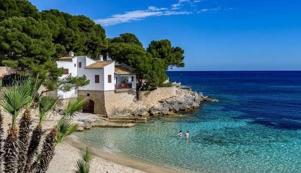 Séjour dans un appartement en bord de mer avec panier petit-déjeuner inclus, dans la baie d'Alcudia