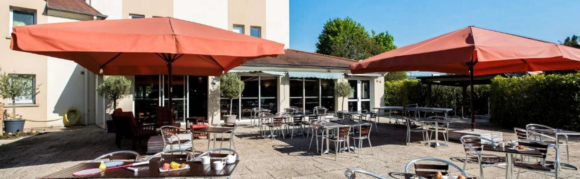 Hôtel ibis Château-Thierry - EDIT_TERRACE_02.jpg