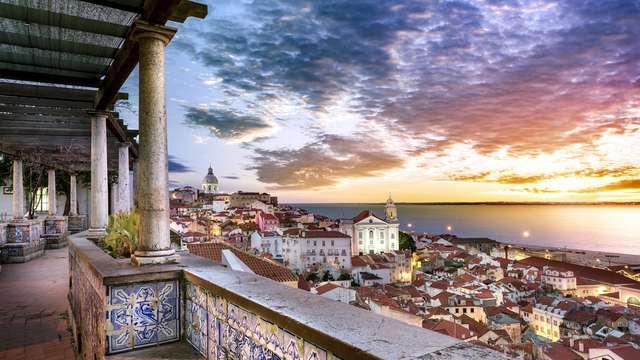 Escapada con desayuno incluido y vistas a la ciudad en un hotel de diseño en el corazón de Lisboa