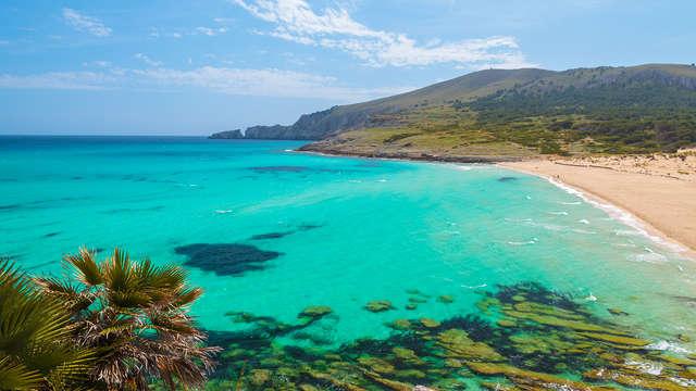 Brisa marina en la costa mallorquina de Santa Ponça (desde 2 noches)