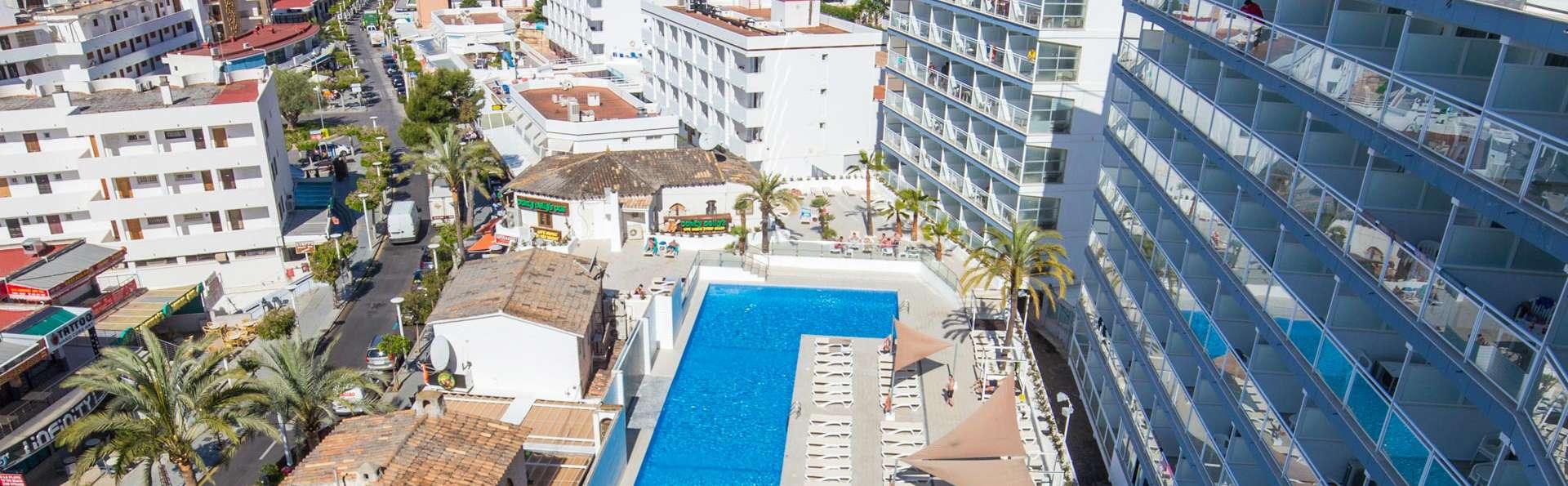 Pierre & Vacances Mallorca Deya - EDIT_POOL_01.jpg