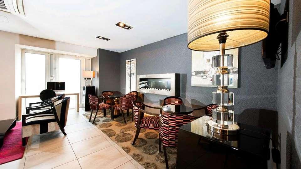 Best Western Hôtel Belfort - EDIT_LOBBY_01.jpg