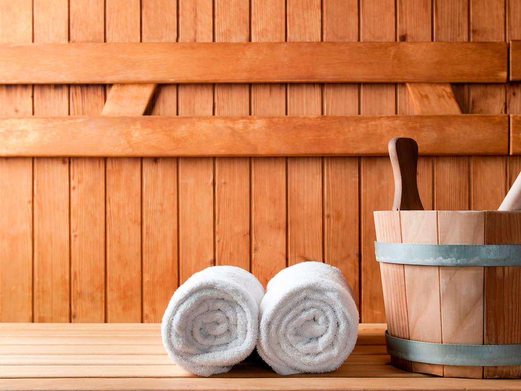 Séjour Le Cap-d'Agde - Découvrez la station balnéaire du Cap d'Agde et profitez du sauna privatisé  - 3*