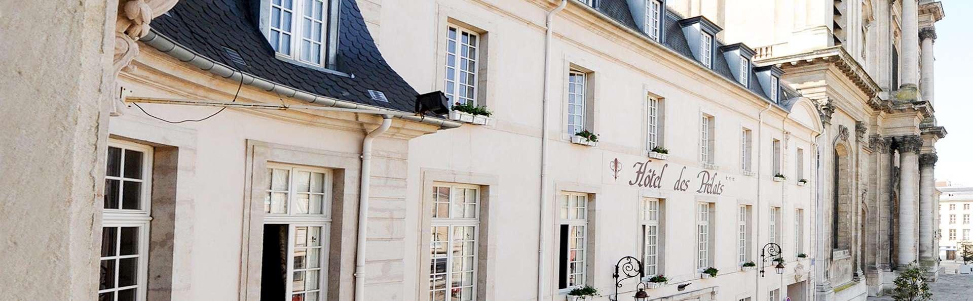 Hotel Des Prélats - EDIT_FRONT_02.jpg