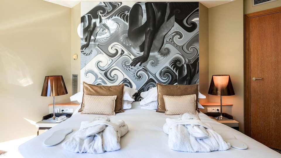 VICHY CELESTINS  Spa Hôtel - EDIT_ROOM_03.jpg