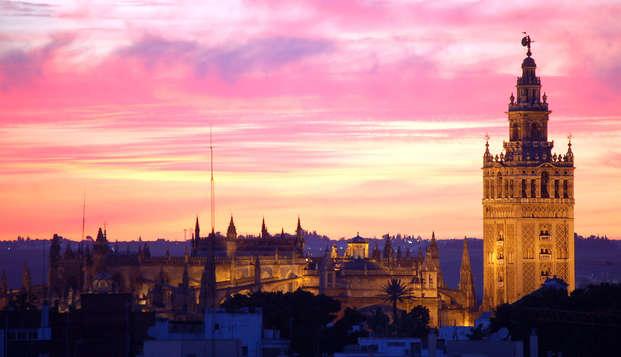 Escapade à Séville avec petit-déjeuner, mojito, tapa et visite guidée