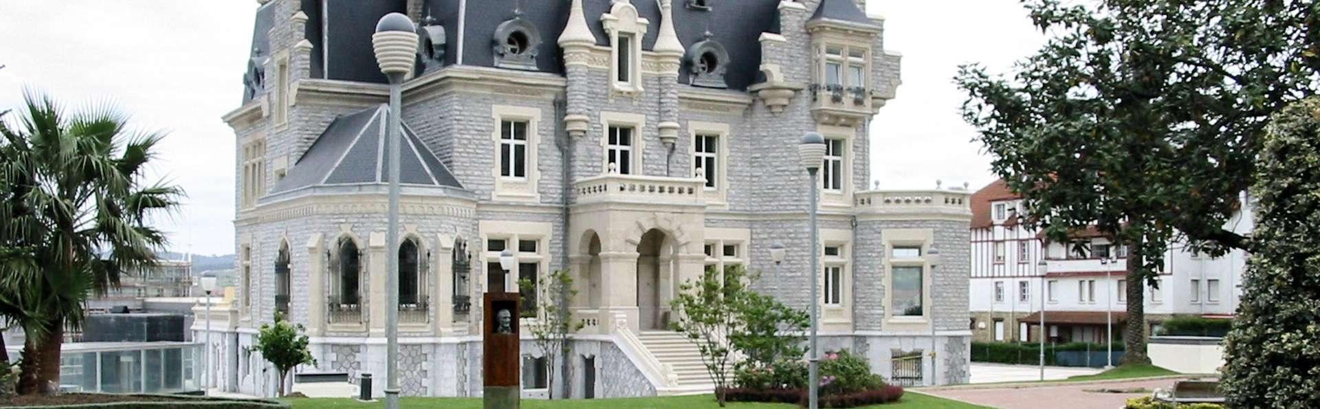 Escapade en demi-pension dans un palais face à la mer
