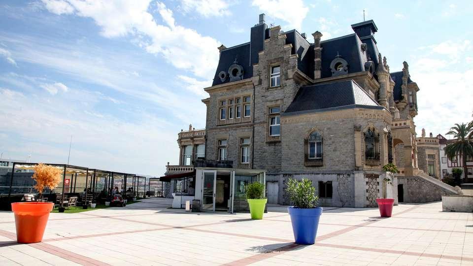 URH Palacio de Oriol - EDIT_NEW_FRONT_02.jpg
