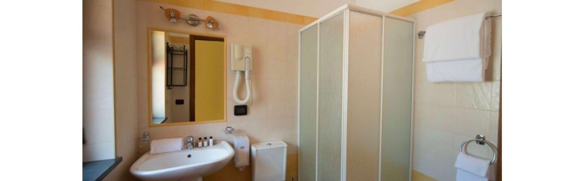 A Nuciara Park Hotel & Wellness Center - EDIT_BATHROOM_01.jpg