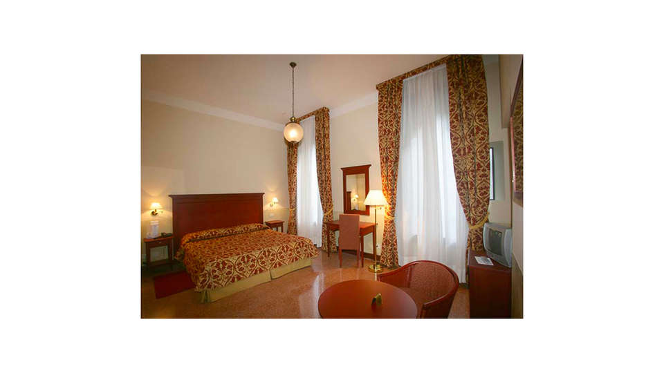 Hotel Al Sole - EDIT_ROOM_02.jpg