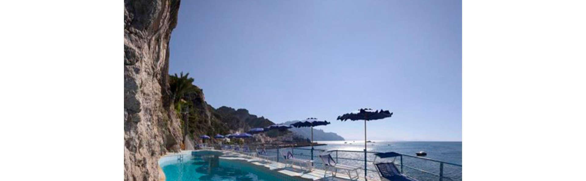 Hotel Miramalfi - Edit_N_Pool.jpg