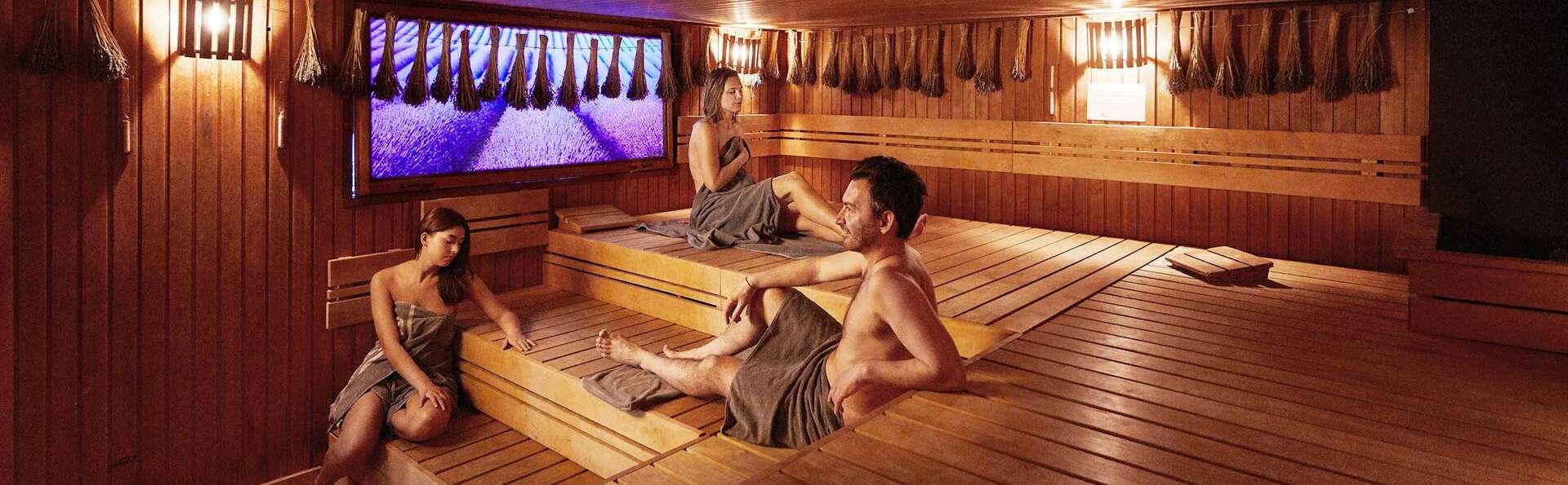 Détente au centre de Spolète avec accès au sauna