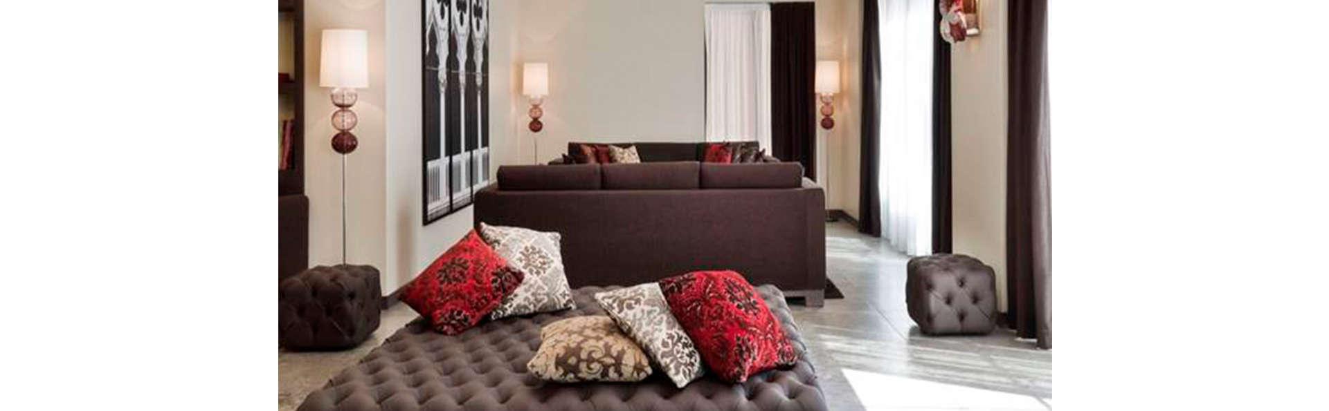 Hotel MGallery LaGare - EDIT_N_LOOBY.jpg