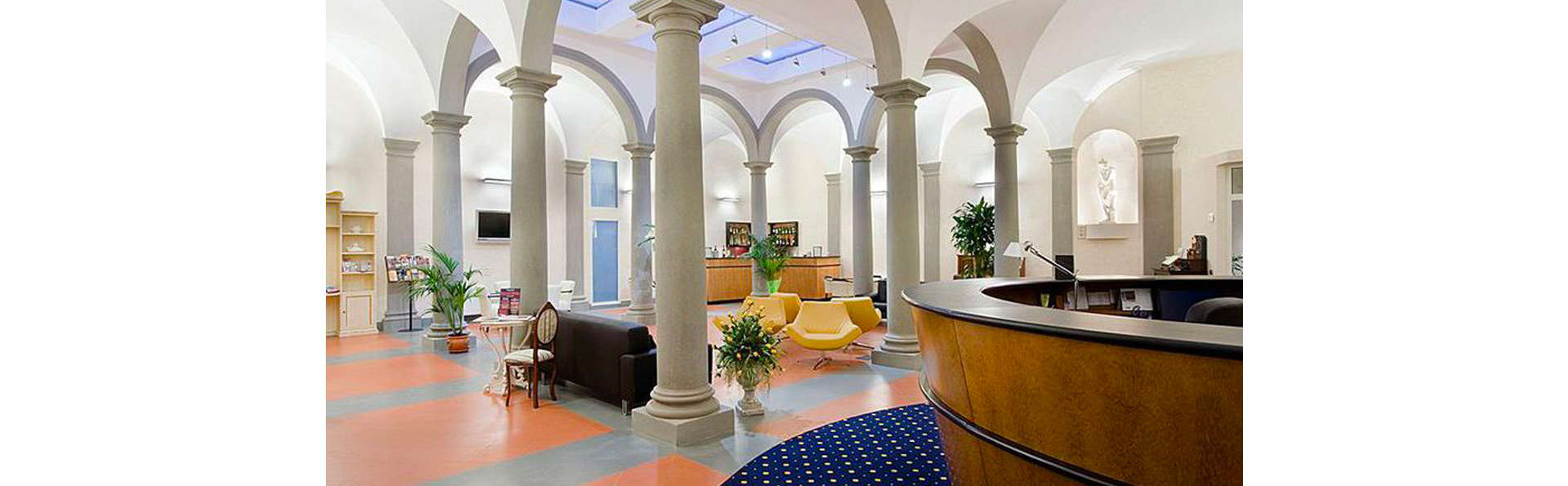 Hotel Centrale  - EDIT_LOBBY_01.jpg