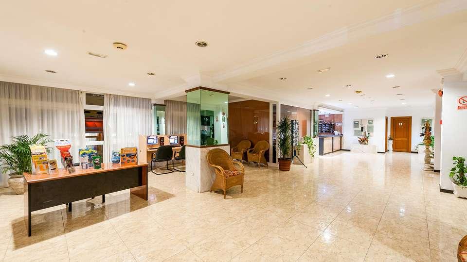 Aparthotel Africamar - EDIT_LOBBY_01.jpg
