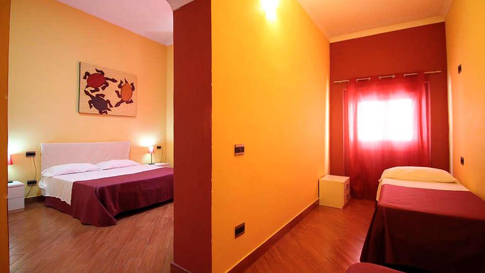 Hotel Diamond - EDIT_ROOM_03.jpg