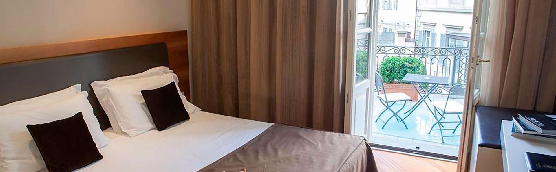 Hotel Embassy - EDIT_ROOM_01.jpg