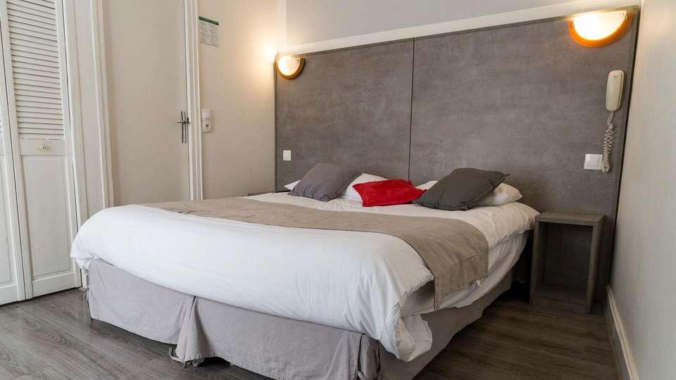Panam Hotel - EDIT_ROOM_02.jpg