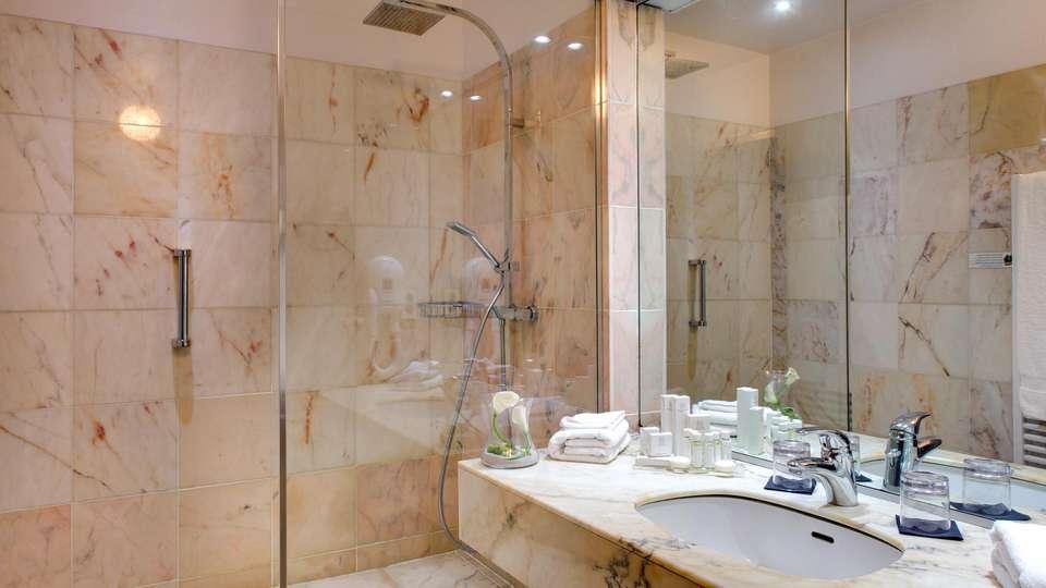 Hôtel Alliance Couvent des Minimes - EDIT_N2_BATHROOM_03.jpg