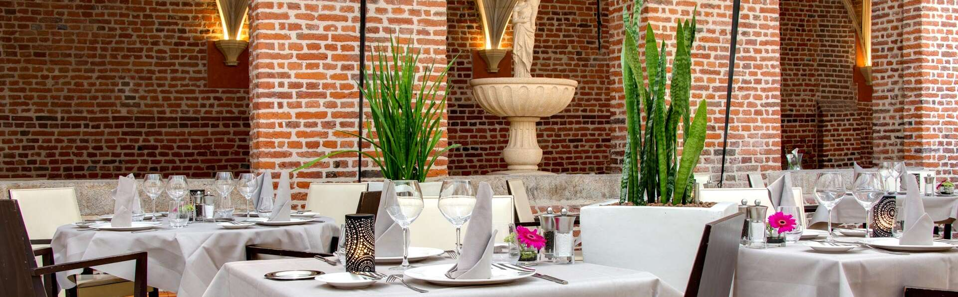 Séjour avec dîner dans un cadre majestueux sous la verrière d'un ancien couvent à Lille
