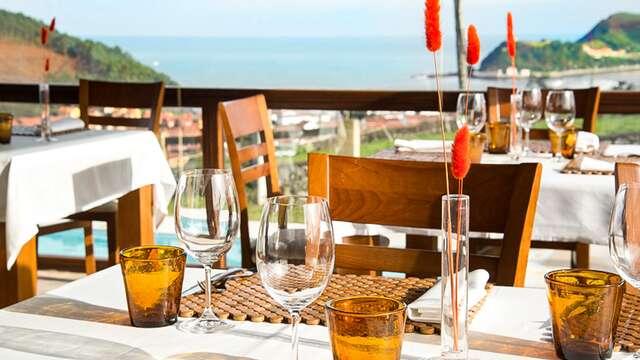 Cena gourmaet con entrecôt de buey y vistas al mar en Asturias