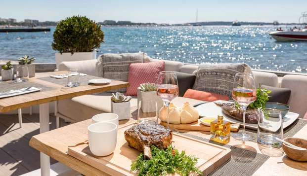 Hotel Barriere Le Majestic Cannes - LOUNGE