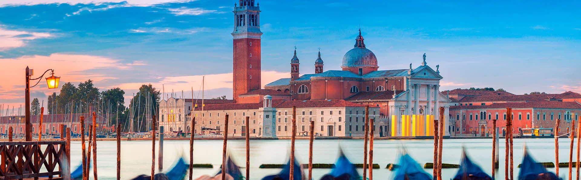 Savoia & Jolanda - Edit_Venecia3.jpg