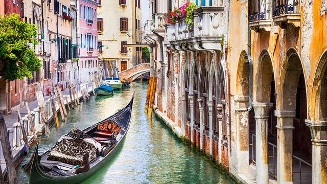 Séjournez à Venise, à deux pas de la place Saint-Marc et avec visite en gondole